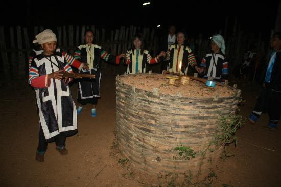 Lahu Dancing (from TripAdvisor)