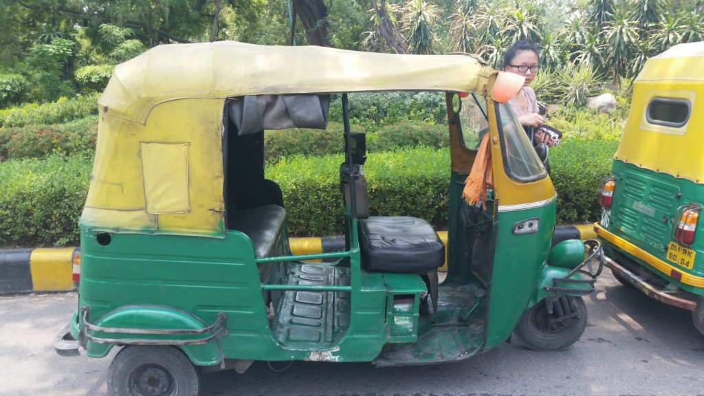 Tuk-tuk: the ideal way to get around Delhi.